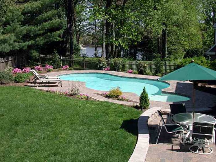 Luxury swimming pools br design build landscape design for Pool design virginia