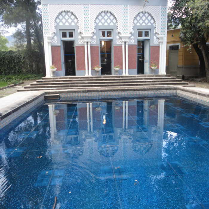 Palacio_Portales_pool.house